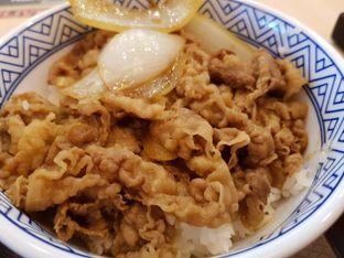 Foto 3 - Makanan di Yoshinoya oleh Amrinayu