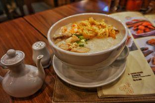 Foto 1 - Makanan(Bubur Ayam & Sapi) di Ta Wan oleh Fadhlur Rohman