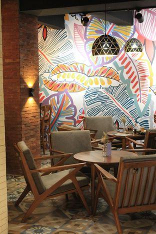 Foto 2 - Interior di Brouwen Coffee & Kitchen oleh Prido ZH