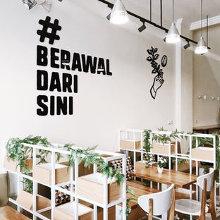Foto 6 - Interior di Cetroo Coffee oleh Della Ayu