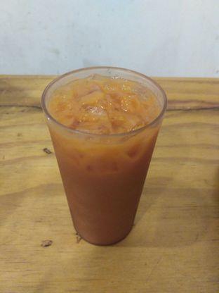 Foto 1 - Makanan(Ice Thai Tea) di Meat Compiler oleh Utami Godjali