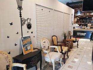 Foto 4 - Interior di Thamir Coffee oleh D L
