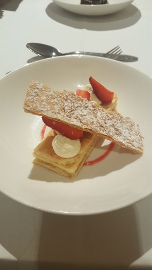 Foto 3 - Makanan di Lyon - Mandarin Oriental Hotel oleh Vising Lie