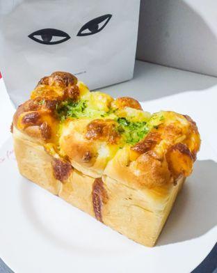 Foto 1 - Makanan di Super Furry Tea & Bakery oleh deasy foodie