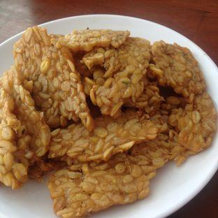 Foto 1 - Makanan(Tempe Goreng) di Sambal Khas Karmila oleh Dianty Dwi