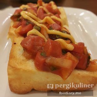 Foto review Pizza Hut oleh @foodiaryme | Khey & Farhan 2