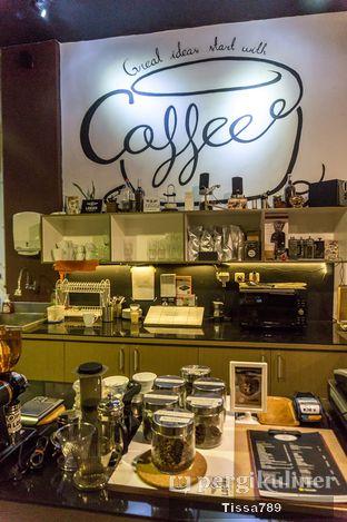 Foto 7 - Interior di Logika Coffee oleh Tissa Kemala