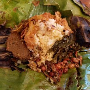 Foto 1 - Makanan(Nasi bakar rendang) di Gula Merah oleh Kuliner Limited Edition