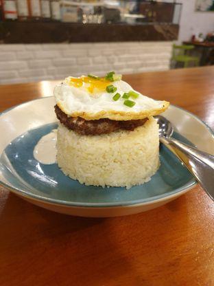 Foto - Makanan(Loco Moco Rice) di Libreria Eatery oleh Henny Adriani