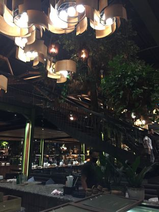 Foto 3 - Interior di Kayu - Kayu Restaurant oleh Yohanacandra (@kulinerkapandiet)