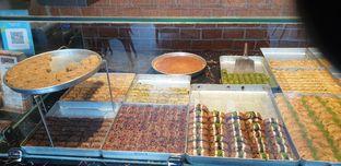 Foto 3 - Makanan di Mardin Baklava Patisserie oleh Astri Arf