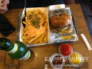 Foto 2 - Makanan di Lawless Burgerbar oleh Adyt Setyana