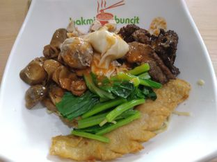 Foto - Makanan di Bakmi Buncit oleh @kenyangbegox (vionna)