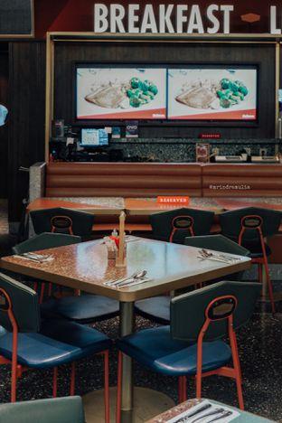 Foto 30 - Interior di Denny's oleh Indra Mulia