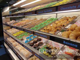 Foto 3 - Interior di Dunkin' Donuts oleh Meyda Soeripto @meydasoeripto