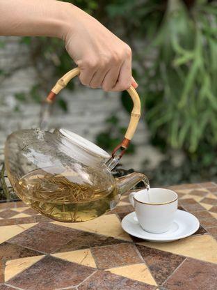 Foto 2 - Makanan(White Tea) di House of Tea oleh feedthecat