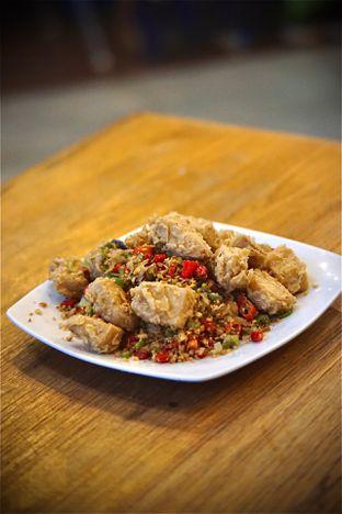 Foto 2 - Makanan(Tahu Lada Garam) di Tong Tji Tea House oleh Fadhlur Rohman