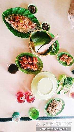 Foto 1 - Makanan di Gubug Udang Situ Cibubur oleh Jakartarandomeats