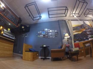 Foto 2 - Interior di Pikot Coffee & Resto oleh Pria Lemak Jenuh