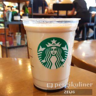 Foto 3 - Makanan(Iced Burn Caramel Macchiato) di Starbucks Coffee oleh @teddyzelig