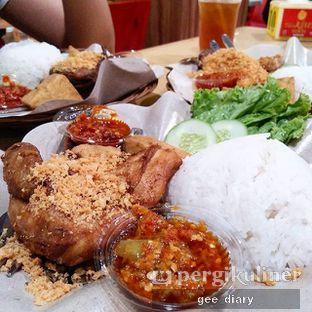 Foto - Makanan(Paket Hemat A Dada / Paha) di Ayam Goreng Karawaci oleh Genina @geeatdiary