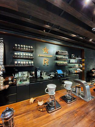 Foto 1 - Interior di Starbucks Reserve oleh Vionna & Tommy