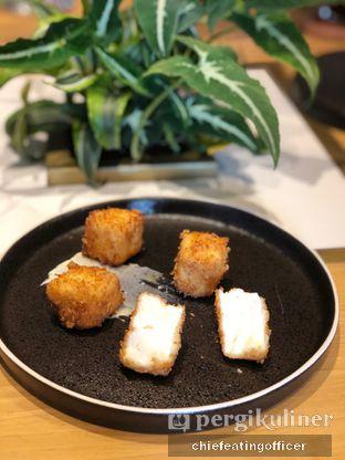 Foto 3 - Makanan di Akar Restaurant and Bar oleh feedthecat