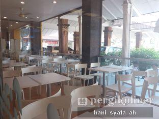 Foto 3 - Interior di HokBen (Hoka Hoka Bento) -  Kartika Chandra Hotel oleh Hani Syafa'ah