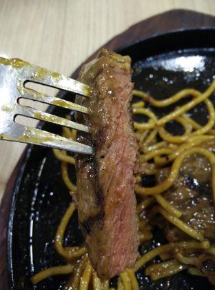 Foto 7 - Makanan di Frankfurter Hotdog and Steak oleh thomas muliawan