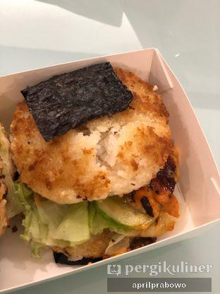 Foto 3 - Makanan di Kojima Burger & Coffee oleh Cubi