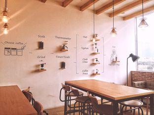 Foto 7 - Interior di Hario Coffee Factory oleh Astrid Huang | @biteandbrew