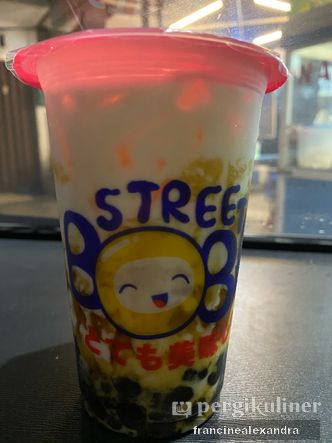 Foto Makanan di Street Boba