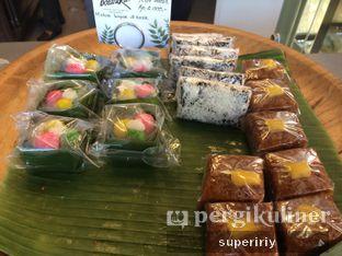 Foto 5 - Makanan(jajan pasar 2) di Botanika oleh @supeririy