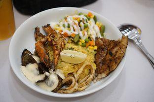 Foto 1 - Makanan di Fish Me oleh Kevin Leonardi @makancengli