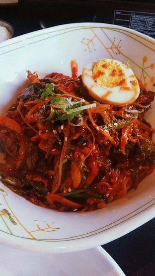 Foto 18 - Makanan(Gogi Bibimguksu Beef spicy noodle ) di Noodle King oleh duocicip
