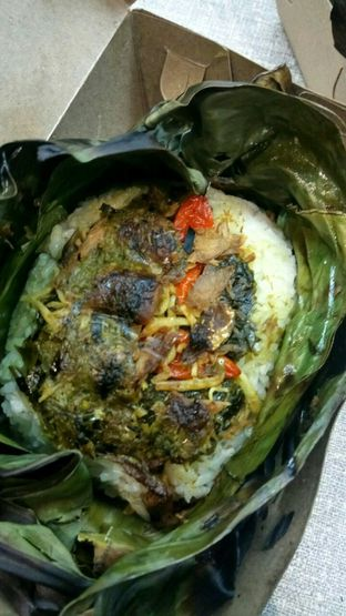 Foto 3 - Makanan(Nasi Bakar Peda) di Warung Maem oleh YSfoodspottings