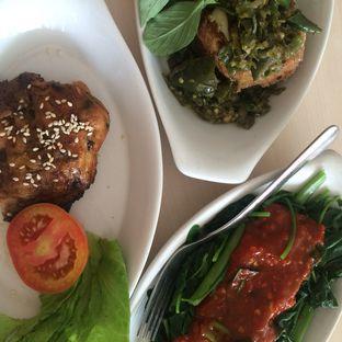 Foto 4 - Makanan di Ayam Tulang Lunak Hayam Wuruk oleh Yulia Amanda