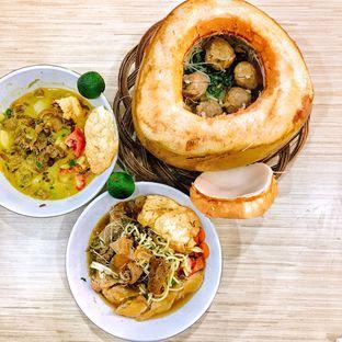 Foto 1 - Makanan di Soto Mie Sawah Lio oleh Astrid Huang | @biteandbrew