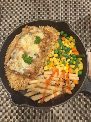 Foto 1 - Makanan(Tori Chizu Evi Rice 75k) di Maison Tatsuya oleh @Itsjusterr