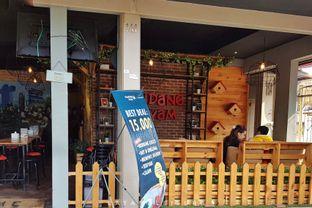 Foto 6 - Interior di Kandang Ayam oleh Eat and Leisure