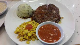Foto review Steak Hotel by Holycow! oleh Yanni Karina 1