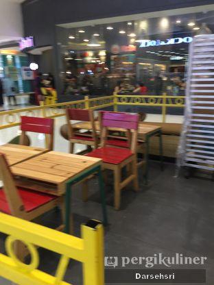 Foto 4 - Interior di Krispy Kreme oleh Darsehsri Handayani