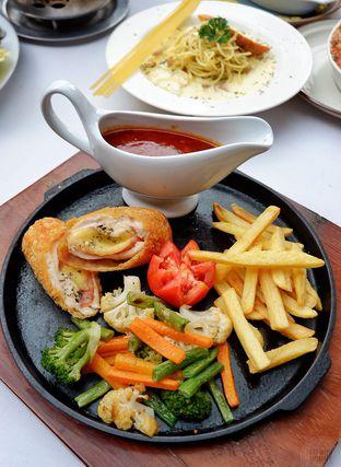 Foto 18 - Makanan di Maximo Resto & Garden - Puri Setiabudhi Residence Hotel oleh Mariane  Felicia