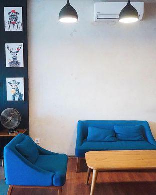 Foto 5 - Interior di Backyard Coffee & Shop oleh yudistira ishak abrar