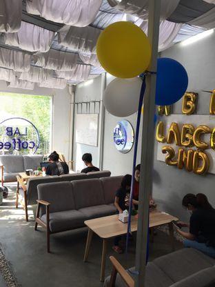 Foto 7 - Interior di Lab Coffee oleh Yohanacandra (@kulinerkapandiet)