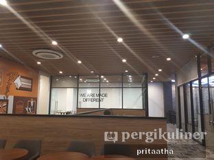 Foto 2 - Interior di BurgerUP oleh Prita Hayuning Dias
