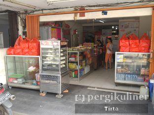 Foto 8 - Eksterior di Bakpau & Kue 555 oleh Tirta Lie