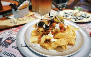Foto 2 - Makanan(Pizza Nachos) di Pizza E Birra oleh Claudia @grownnotborn.id