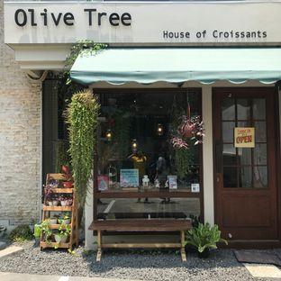 Foto 1 - Eksterior di Olive Tree House of Croissants oleh Della Ayu