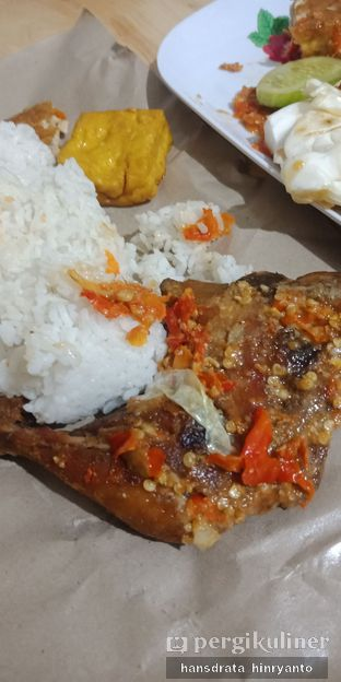 Foto - Makanan di Ayam Gepuk Pak Gembus oleh Hansdrata Hinryanto